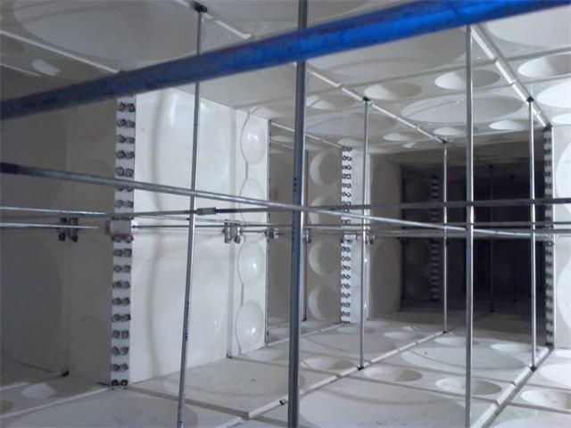 四平市欧屹金城玻璃钢异型水箱内部结构图