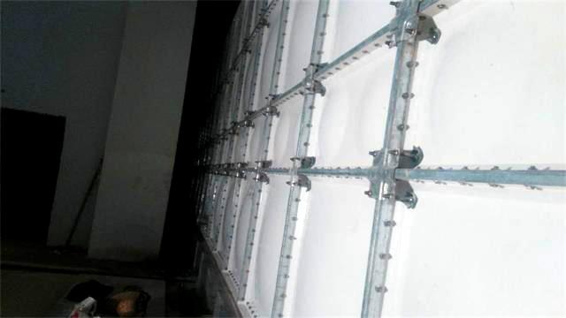 俄罗斯旅游度假村---山湖402m3玻璃钢水箱