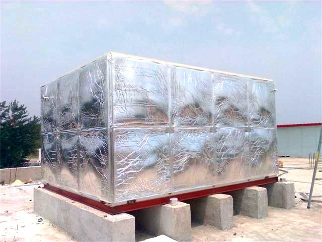 蓟县福源老年公寓24m3玻璃钢橡塑保温水箱