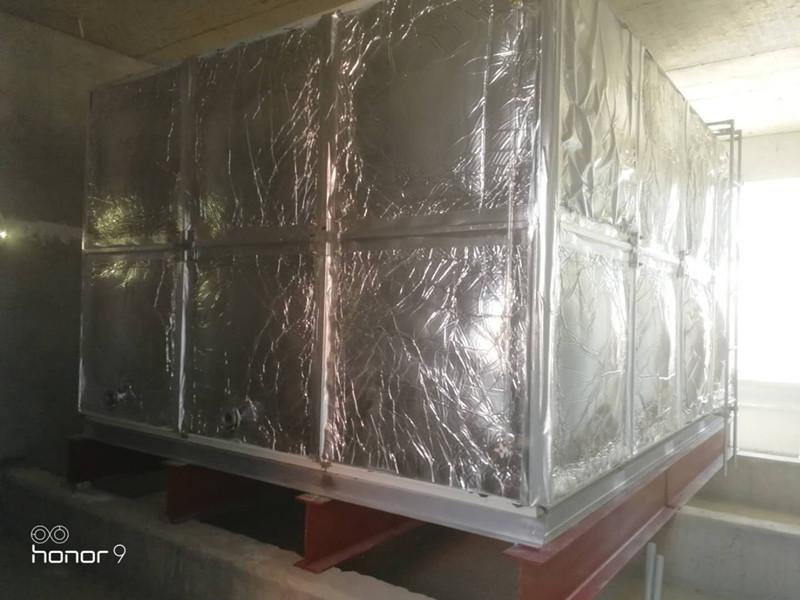 无棣县棣丰街中心小学24立方玻璃钢橡塑保温水箱