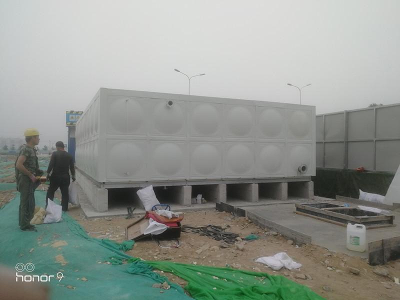 北京市玻璃钢带聚氨酯彩钢壳保温水箱